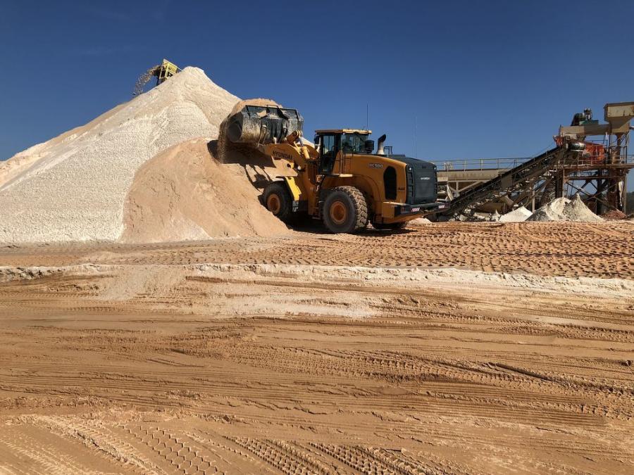 sand level construction